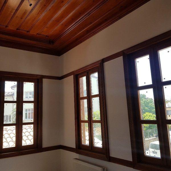 ahsap-pencere-tavan-lambiri-dekorasyonu-mobilya-dekor-ankara-sku-216