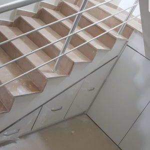 merdiven-alti-dolap-dekorasyonu-mobilya-dekor-ankara-sku-253