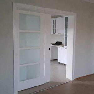 surgulu-mutfak-kapisi-212